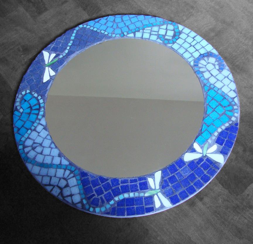 Espejos mosaico veneciano for Pared con espejos redondos